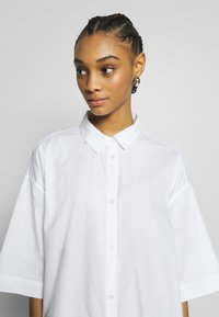 Monki - BEA DRESS - Skjortekjole - white - 3