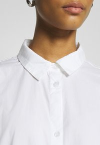 Monki - BEA DRESS - Skjortekjole - white - 5
