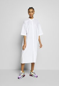 Monki - BEA DRESS - Skjortekjole - white - 0
