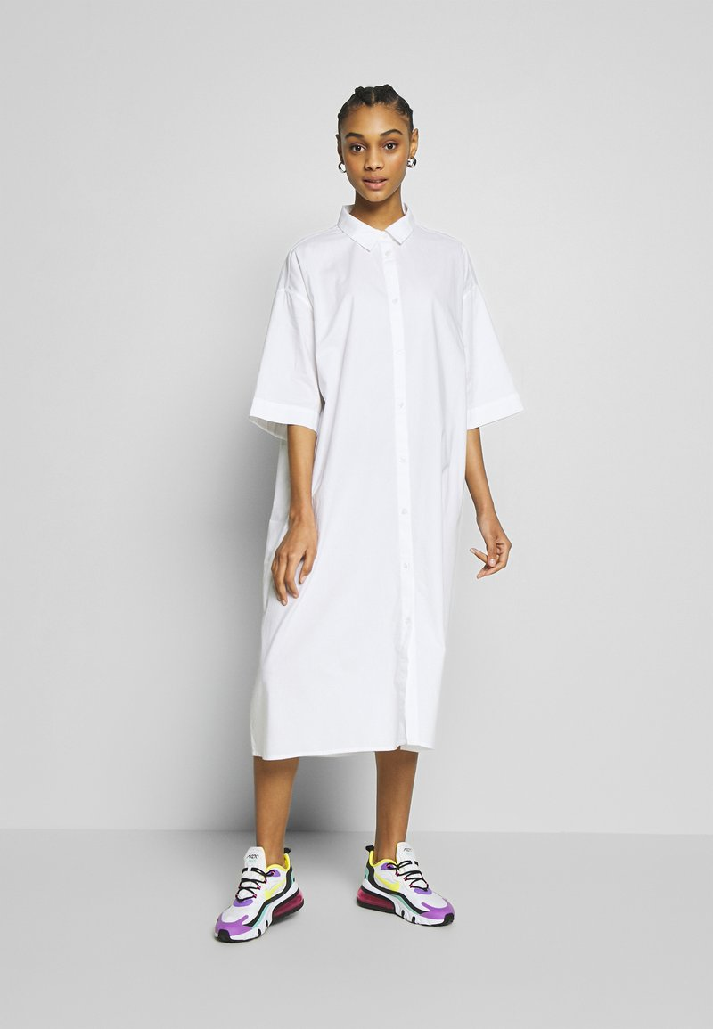 Monki - BEA DRESS - Skjortekjole - white