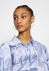 Monki - BEA DRESS - Košilové šaty - blue dark - 3