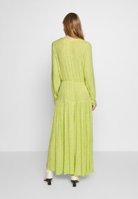 Monki - CARIE DRESS - Maxi-jurk - green light - 2