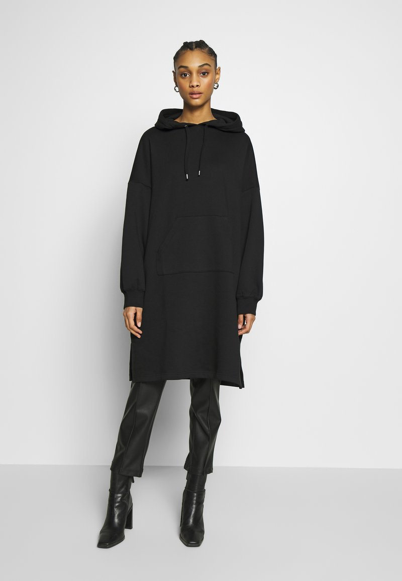 Monki - MALIN DRESS - Denní šaty - black