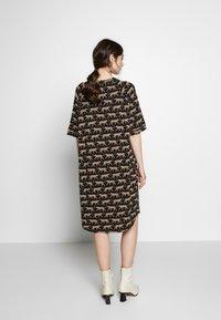 Monki - RIKA DRESS - Jersey dress - brown - 2
