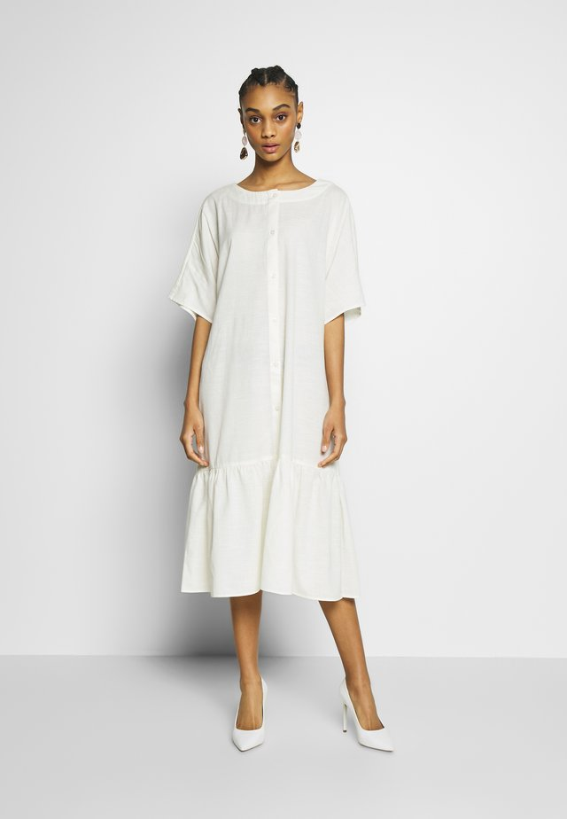 SAFIRA DRESS - Skjortekjole - white