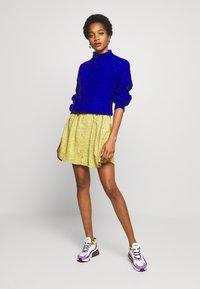 Monki - WENDELA  - Vestito estivo - yellow medium - 1
