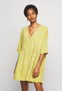 Monki - WENDELA  - Vestito estivo - yellow medium - 0