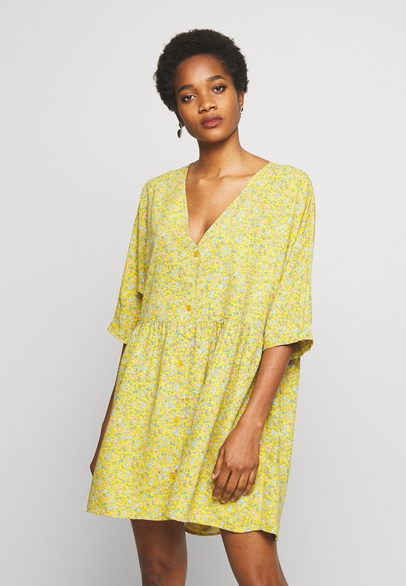 Monki - WENDELA  - Vestito estivo - yellow medium