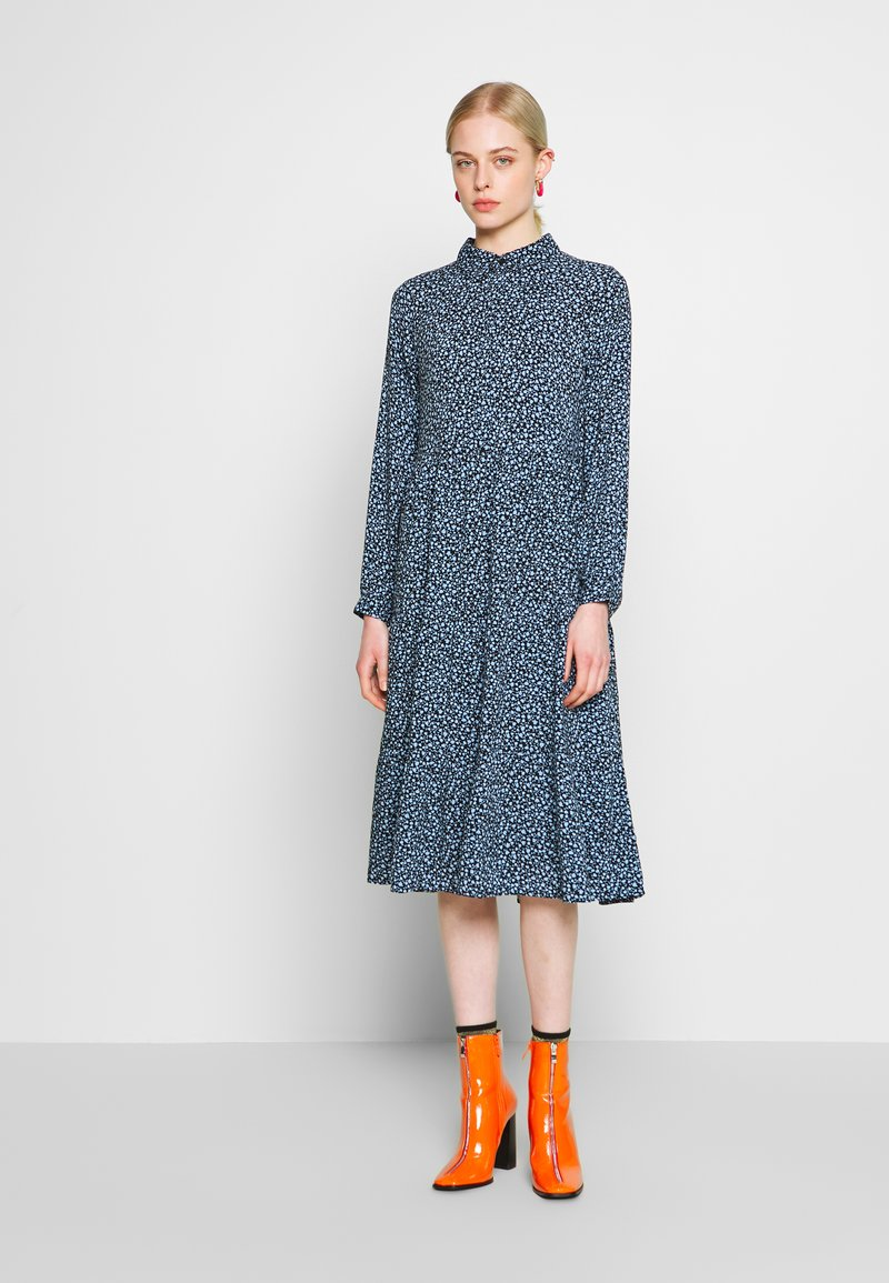 Monki - PEARL DRESS - Košilové šaty - black dark unique