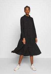 Monki - PEARL DRESS - Skjortekjole - black dark unique - 0