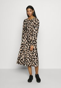 Monki - MALLAN DRESS - Robe d'été - beige - 0