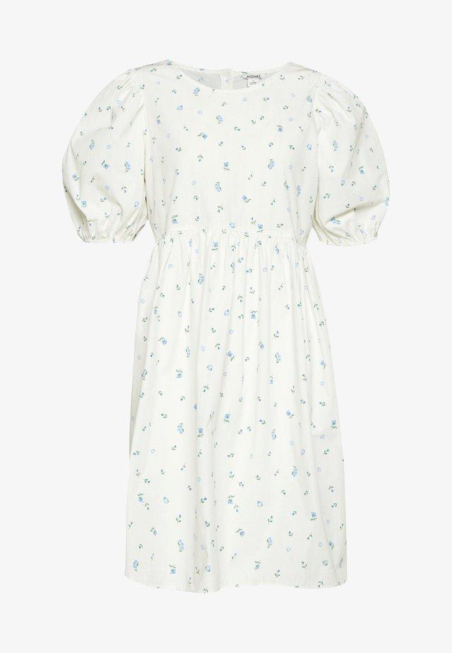 MELODY DRESS - Vestido informal - white light