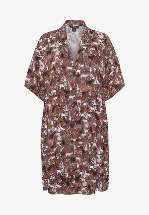 NELLY DRESS - Skjortekjole - light brown