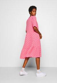 Monki - SANDY DRESS - Kjole - pink medium - 3