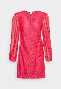Monki - AMY DRESS - Cocktailklänning - pink - 4