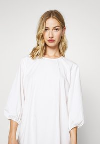Monki - JULY DRESS - Korte jurk - white - 0