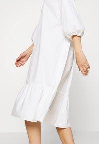 Monki - JULY DRESS - Korte jurk - white - 6