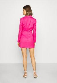 Monki - KAREN DRESS - Pouzdrové šaty - pink - 2
