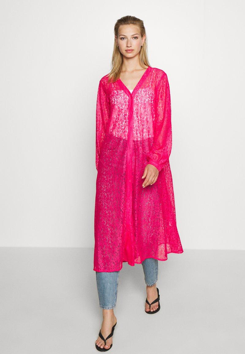 Monki - MONA DRESS - Blousejurk - pink