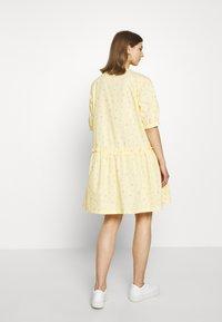 Monki - ROBIN DRESS - Kjole - yellow - 2