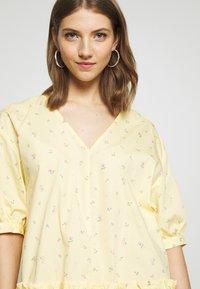 Monki - ROBIN DRESS - Kjole - yellow - 4