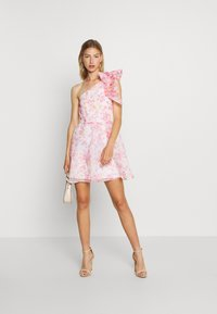 Monki - CAMILLE DRESS - Cocktailjurk - white/pink - 1