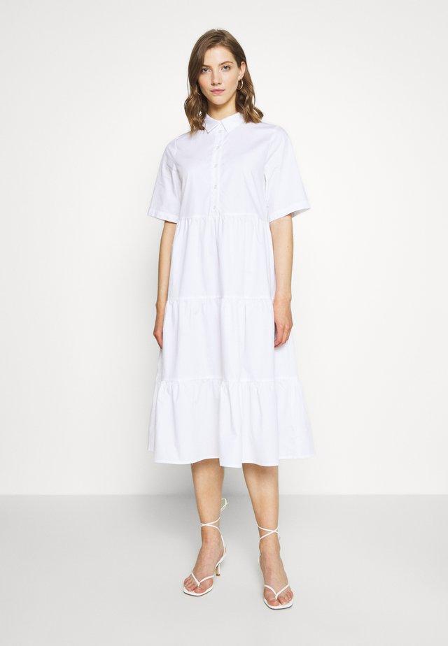 RONJA DRESS - Abito a camicia - white light