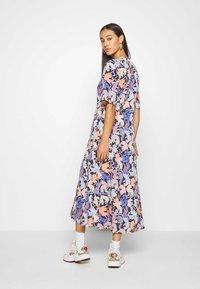 Monki - ANAYA DRESS - Korte jurk - blue dark - 2