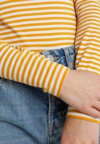 Monki - VANJA  - Top sdlouhým rukávem - yellow/white - 4