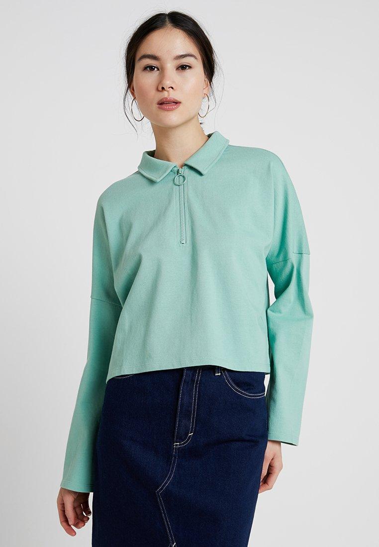 Monki - DOLLY - Langarmshirt - sage green