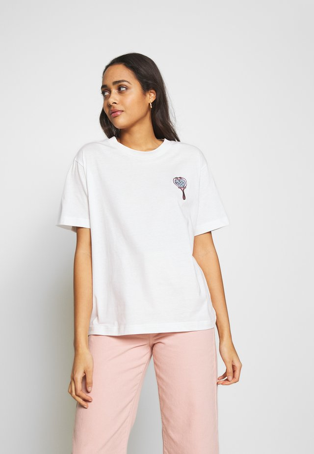 TOVI TEE - T-shirt imprimé - white womansday.mirror