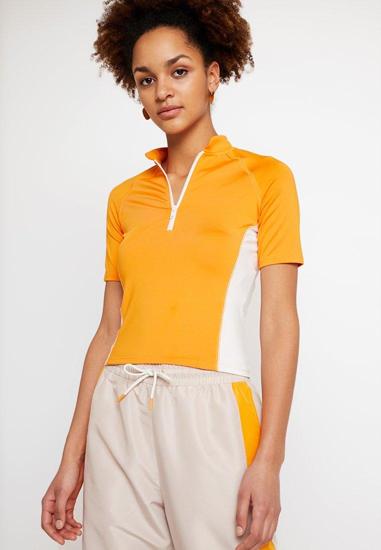 Monki - EZRA - T-shirts print - orange/white
