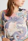 Monki - JONA BODY - Langarmshirt - pink