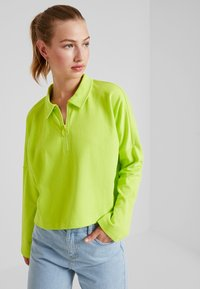 Monki - DOLLY - Topper langermet - lime green - 0