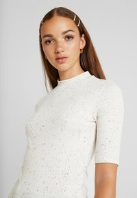 Monki - SABRINA - T-shirts med print - white - 4