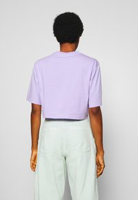 Monki - ELINA TOP 2 PACK - Basic T-shirt - lilac/white - 2