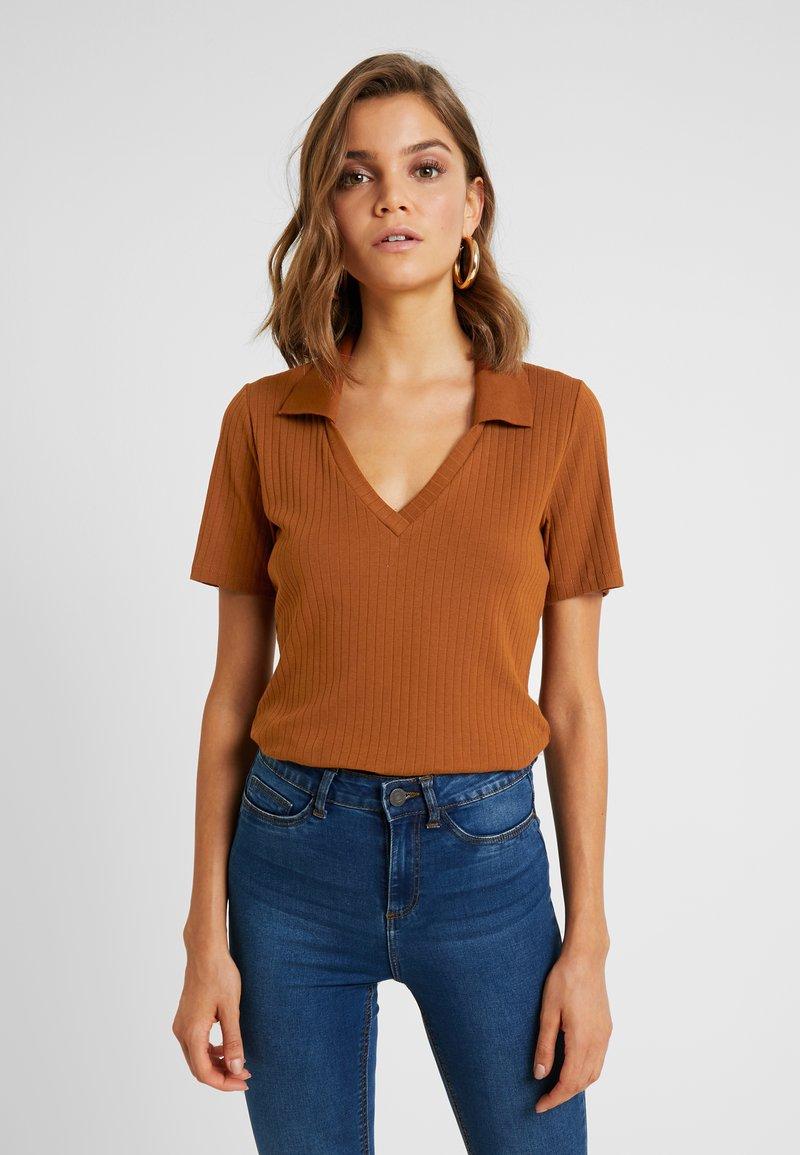 Monki - MARGOT - T-Shirt basic - rust