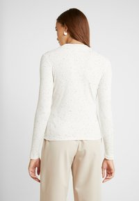 Monki - SAMINA - Topper langermet - off white - 2