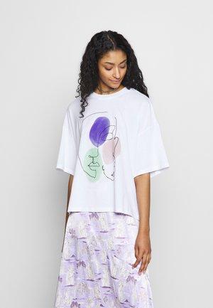 DAMALI  - Print T-shirt - white