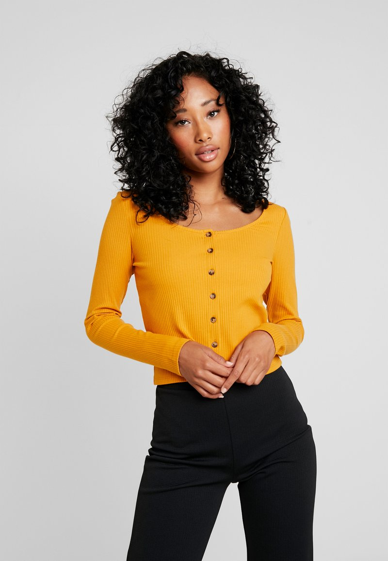 Monki - QUEEN - Strikjakke /Cardigans - yellow dark