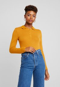 Monki - SIBYLLA - Strikkegenser - yellow dark - 0