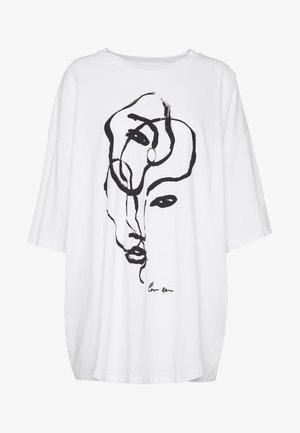 CISSI TEE - Basic T-shirt - white