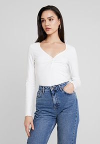 Monki - PARADISIO - T-shirt à manches longues - white - 0