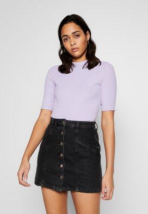 SABRINA - T-shirt basic - lilac