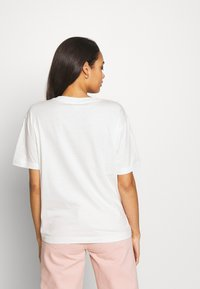 Monki - TOVI TEE - T-shirts med print - white light unique - 2