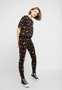 Monki - TOVI TEE - T-shirt con stampa - colorful - 1