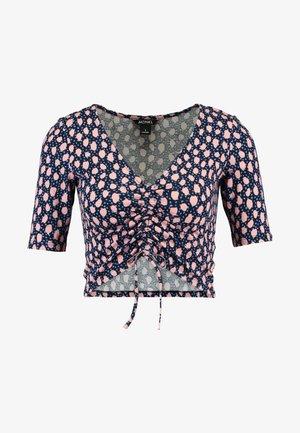 OLIVIA - Camiseta estampada - blue