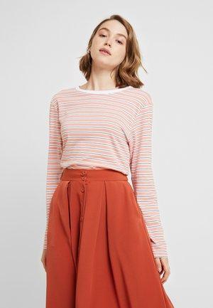 URSULA - Langærmede T-shirts - orange/white