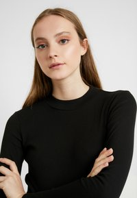 Monki - SAMINA - Long sleeved top - black dark - 5
