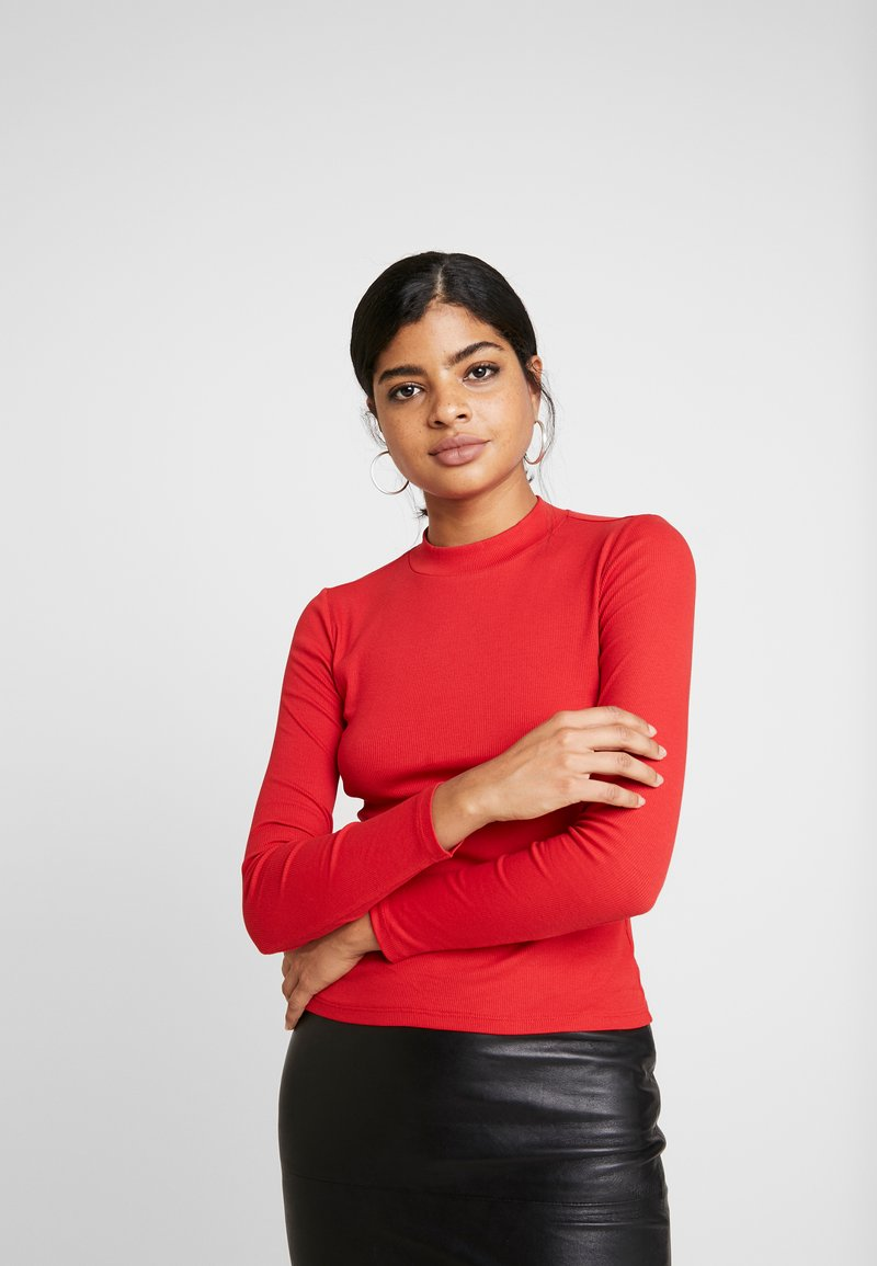 Monki - SAMINA - T-shirt à manches longues - red